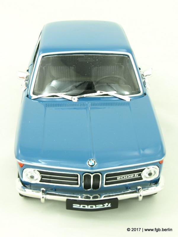 Welly BMW 2002 Ti blau